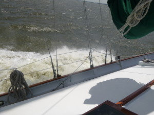 Sailing along at 10 knots toward Thomas Point Light house