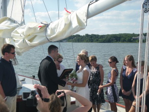 Alex and Sara exchanging vows