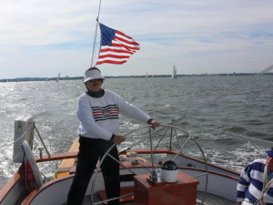 Chris confidently sails Woodwind at 10 knots!