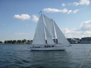 Woodwind II sailing by...