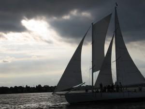 Schooner Woodwind sailing in Annapolis
