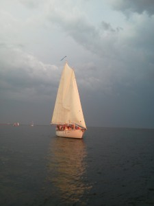 Woodwind II sailing into the sunset