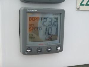 10.1 knots. Way to go Melanie. Schooner Woodwind is flying home.